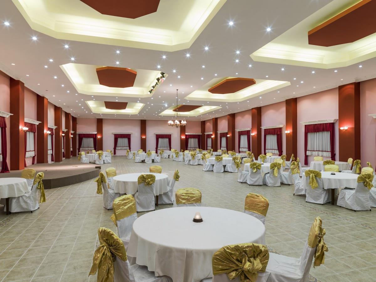 Club Tarhan Otel